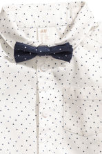 Cotton shirt with a bow tie - White/Spotted -  | H&M 2